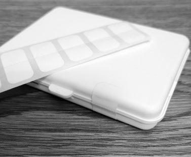 Perforated Tamper-Evident Sticker applied to Crativ Slim Case